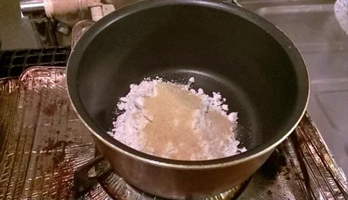 片栗粉と砂糖の写真